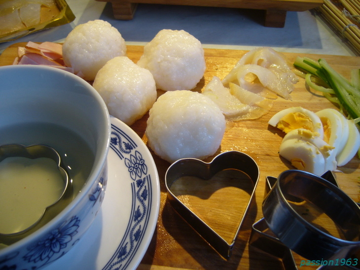 nigiri-temari-i-temaki-sushi-2a95922
