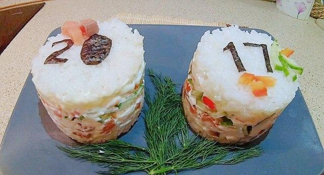 salat-sushi-na-prazdnichnyj-stol-bdc4646