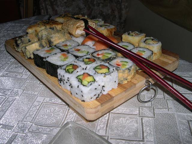 sushi-kombinacija-df5b791