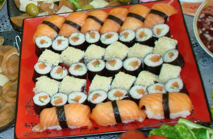 sushi-nabor-sakura-2d57670