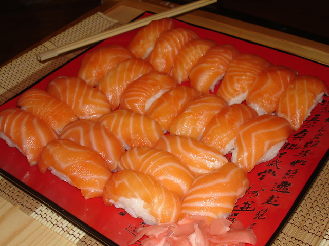 sushi-s-lososem-nigiri-ac0c525