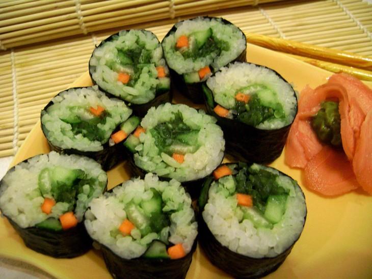 vegetarianskie-sushi-dlja-zajki-nam-net-pregrad-7b36872