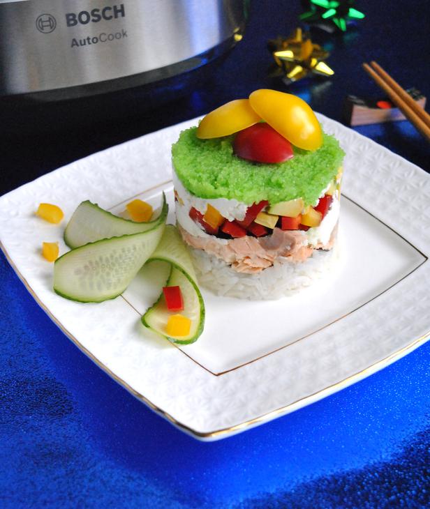 zakusochnyj-sushi-tort-s-syrnym-kremom-5608c61
